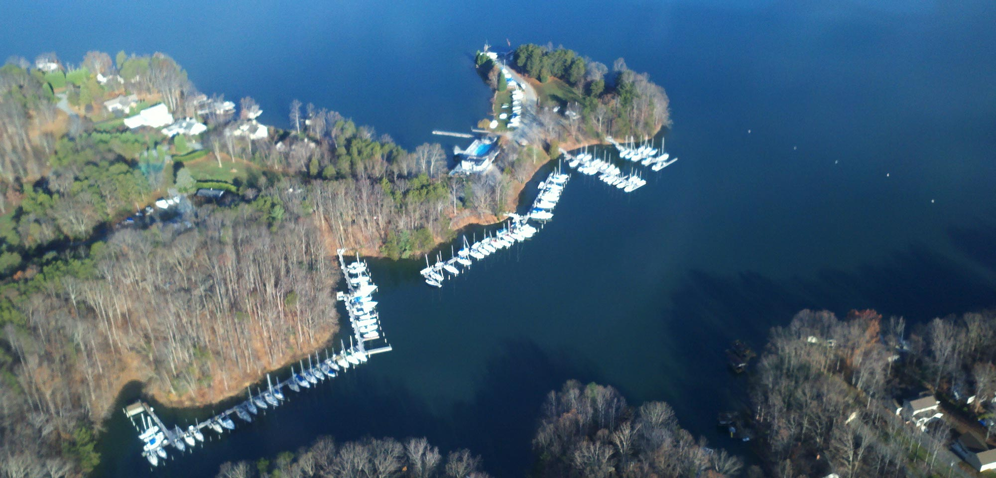 Pelican Point Yacht Club - Smith Mountain Lake, VA